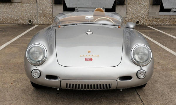 550 Spyder front view