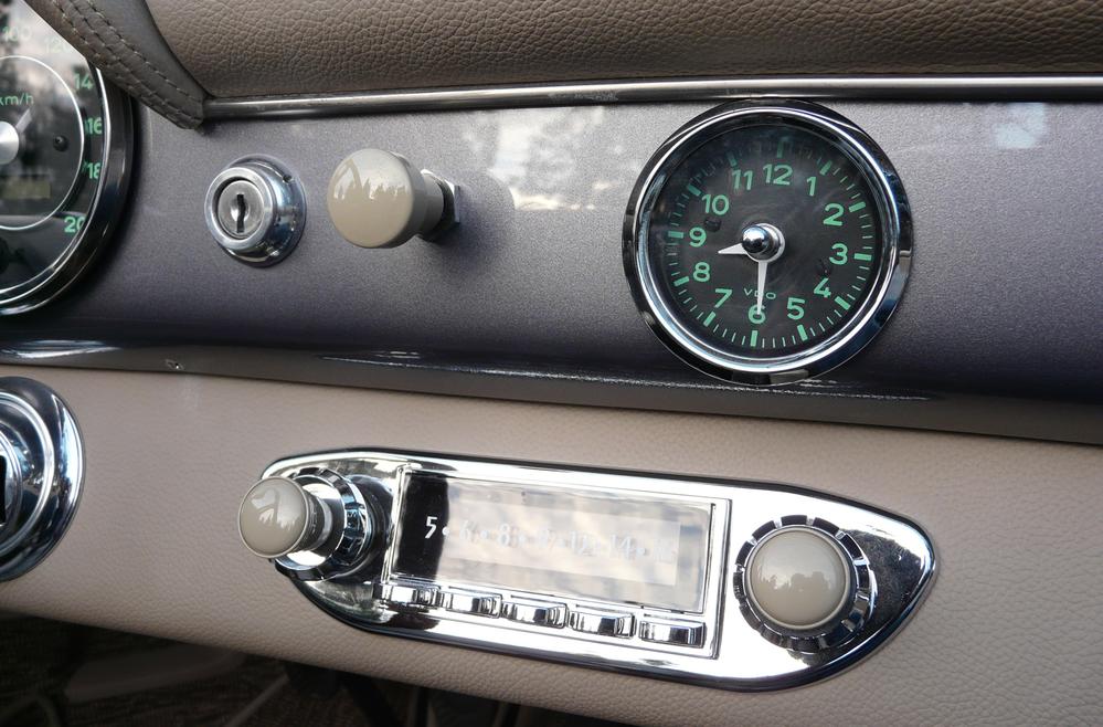 Retrosound | SpeedsterOwners com - 356 Speedsters, 550