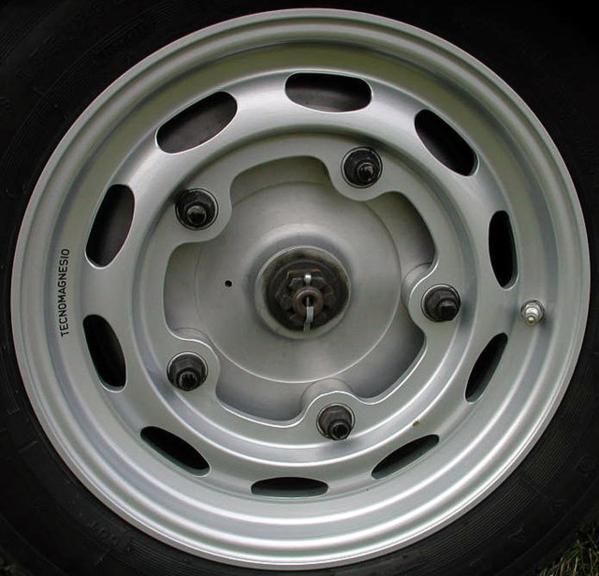 Outlaw Style Wheels Speedsterowners Com 356 Speedsters