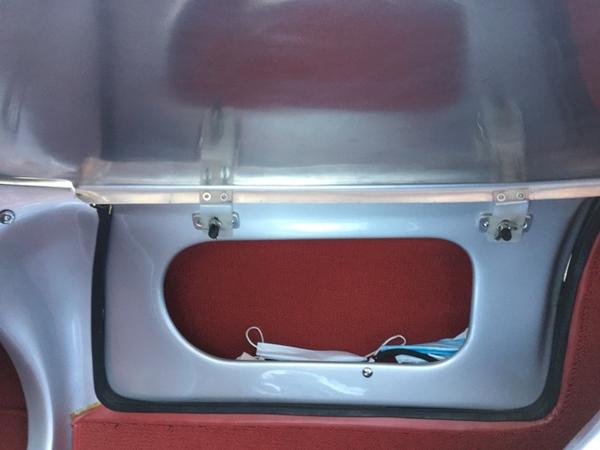 My Beck 550's Fibersteel Alloy Tonneau [2)