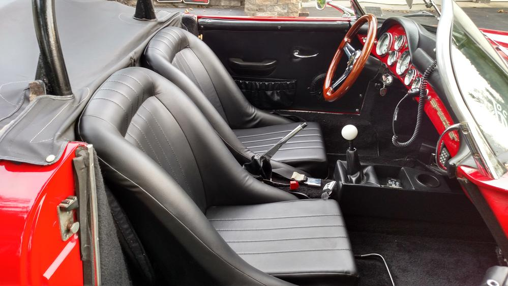Low Back Seats    unimpressive lateral support