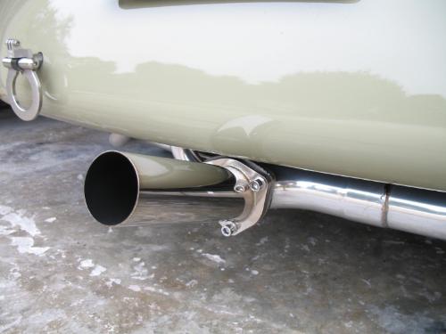 Exhaust-005