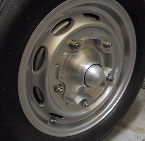 Wheel center 4