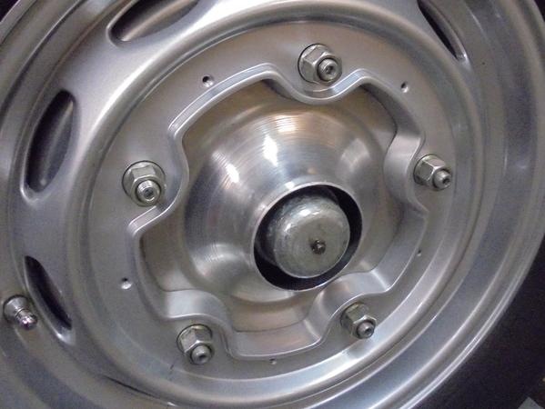 Wheel center 7