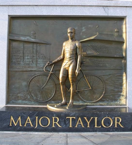Major_Taylor_monument