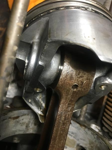 type 4 piston 2