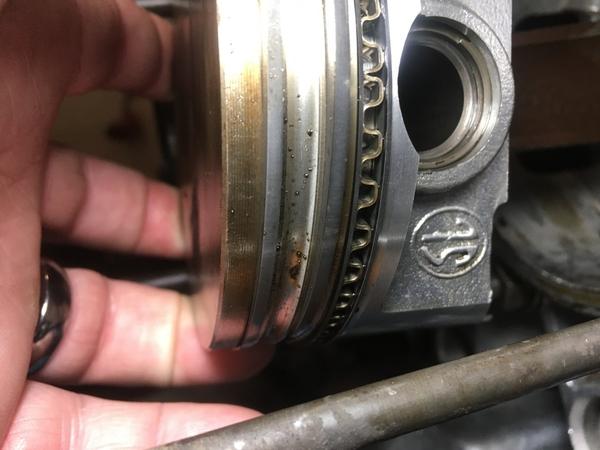 type 4 piston