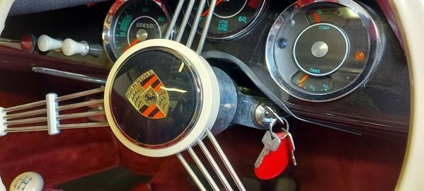 tigermoth66_steering_column1