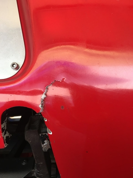GT40 accident cracked fiberglass at hinge